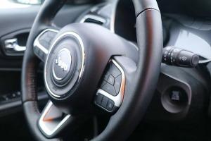 Travelnews.lv apceļo Latviju ar jauno «Jeep Compass 4xe» no oficiālā pārstāvja «Autobrava» 16