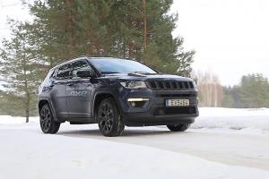 Travelnews.lv apceļo Latviju ar jauno «Jeep Compass 4xe» no oficiālā pārstāvja «Autobrava» 3