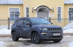 Travelnews.lv apceļo Latviju ar jauno «Jeep Compass 4xe» no oficiālā pārstāvja «Autobrava» 8
