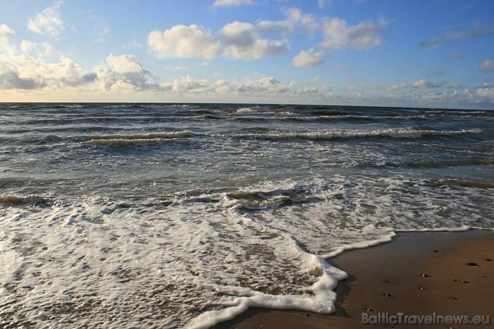 Spēcīgu vētru laikā krasts atkāpjas pat par vairākiem metriem gadā