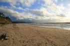 Ceļotāji uzskata, ka Jūrkalnes stāvkrastu vērts redzēt gan saules gaismā, gan krēslā, gan ziemā, gan vasarā 14