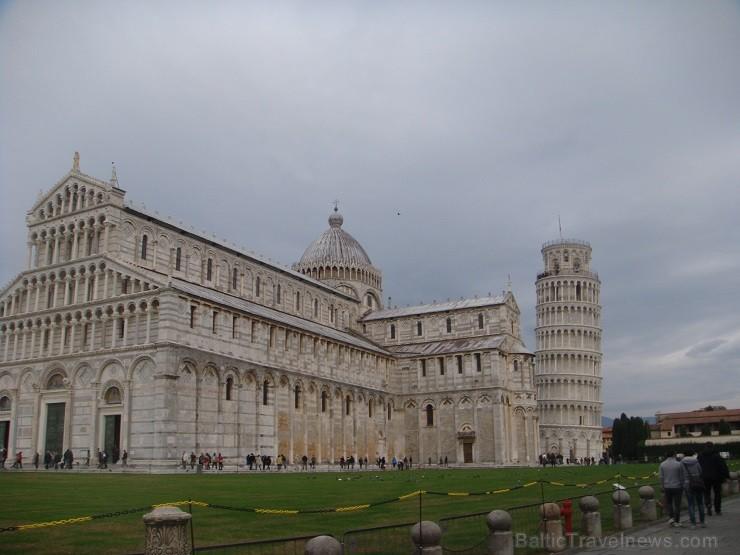 Pizas katedrāle un slavenais Zvanu tornis. Vairāk informācijas www.remirotravel.lv