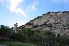 Pilsētu ir iekarojušo romieši, musulmaņi, arī normāņi. Visi atstāja neizdzēšamas pēdas pilsētas vēsturē. Mūsdienās pilsēta ir saglabājusi savus vidusl 24