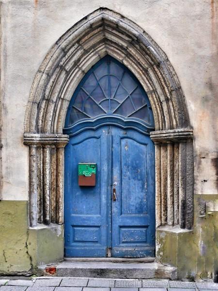 door-1709271_960_720