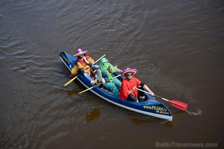 Aizritējis «Rāmkalnu» organizētais «Laivu karnevāls 2017»