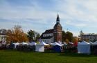 Katra oktobra otrajā sestdienā Valmieras rātslaukumā pilsētas viesi tiek aicināti uz pamatīgu andeli tradicionālajā Simjūda gadatirgū, kas vēsturiski  1