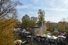 Katra oktobra otrajā sestdienā Valmieras rātslaukumā pilsētas viesi tiek aicināti uz pamatīgu andeli tradicionālajā Simjūda gadatirgū, kas vēsturiski  2