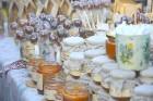 Katra oktobra otrajā sestdienā Valmieras rātslaukumā pilsētas viesi tiek aicināti uz pamatīgu andeli tradicionālajā Simjūda gadatirgū, kas vēsturiski  16