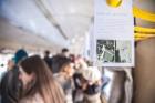Ar trīs grāmatu plauktiem un vairākiem desmitiem grāmatu aprīkotais vilciena sastāvs kursēs visos dīzeļvilcienu maršrutos, dodot iespēju cilvēkiem Lat 7