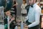 Universālveikalā Stockmann tika prezentēts jaunākais grima tendenču un dekoratīvās kosmētikas produktu jaunumu ceļvedis, kuru demonstrēja Latvijā popu 2