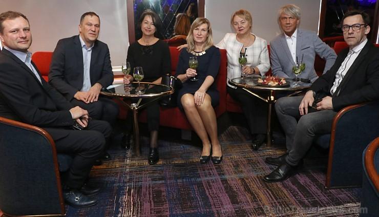 Prāmju kompānija «Tallink Grupp» uz «Romantika» klāja svin 30 gadu jubileju un 13 gadus Latvijā 250681