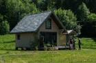 Ar krāšņu svētku atklāšanas programmu Alūksnes  pusē atklātas Veclaicenes aizsargājamo ainavu apvidū izveidotās Dabas mājas un pašapkalpošanās tūrisma 1