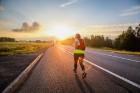 Vēsturiskais 107 km skrējiensoļojums Rīga - Valmiera šogad atzīmē 30 gadu jubileju. Pirmais skrējiens norisinājās 1989. gadā - trīs dienas pēc leģendā 30
