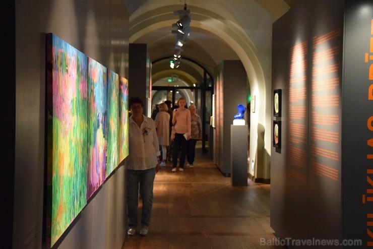 Uz Latviju 12.07.2019 atceļojuši jauni mākslinieka Marka Rotko darbu oriģināli