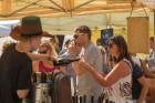Sabiles pilsētas iedzīvotāji un viesi 5 dienas svin un bauda iemīļotos Vīna svētkus 12