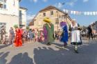 Sabiles pilsētas iedzīvotāji un viesi 5 dienas svin un bauda iemīļotos Vīna svētkus 43