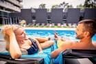 Viesnīcas Lielupe by Semarah Hotels atklātajā baseinā var baudīt vasarīgas sajūtas 7