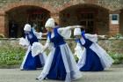 Pie Andreja Pumpura Lielvārdes muzeja ikviens baudīja muzikāli teatrālus priekšnesumus, kā arī bruņinieku cīņu paraugdemonstrējumus 10