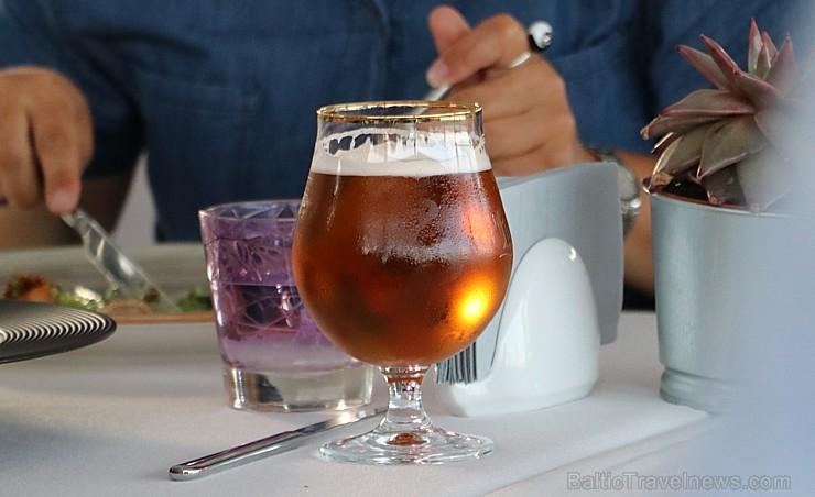 Pārdaugavas restorāns «Hercogs Fabrika» piedāvā jahtas izbraucienu ar romantiskām vakariņām pārim vai arī grupai 261955