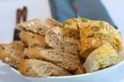 Pārdaugavas restorāns «Hercogs Fabrika» piedāvā jahtas izbraucienu ar romantiskām vakariņām pārim vai arī grupai 60