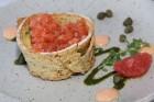 Pārdaugavas restorāns «Hercogs Fabrika» piedāvā jahtas izbraucienu ar romantiskām vakariņām pārim vai arī grupai 67