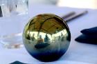 Pārdaugavas restorāns «Hercogs Fabrika» piedāvā jahtas izbraucienu ar romantiskām vakariņām pārim vai arī grupai 75