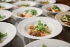 Viesnīcas Park Hotel Latgola restorāna PLAZA komanda 22.08.2019 rīkoja ekskluzīvas vakariņas neparastā vietā - Daugavpils Universitātes skvērā 27