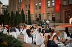 Viesnīcas Park Hotel Latgola restorāna PLAZA komanda 22.08.2019 rīkoja ekskluzīvas vakariņas neparastā vietā - Daugavpils Universitātes skvērā 47