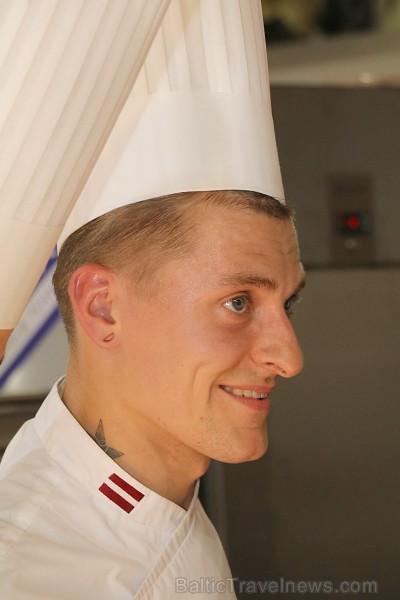 Pavāri Dinārs Zvidriņš un Juris Latišenoks cīnās par vietu prestižajā konkursā «Bocuse d Or»