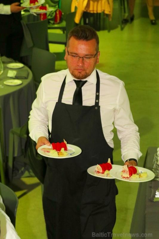 Pavāru klubs apbalvo labākos 2019.gada pavārus un pavārzeļļus