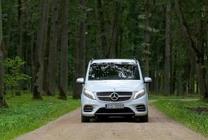 Travelnews.lv apceļo Latviju ar jauno biznesa klases mikroautobusu «Mercedes-Benz V-Klase» 1