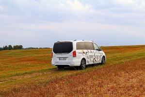 Travelnews.lv apceļo Latviju ar jauno biznesa klases mikroautobusu «Mercedes-Benz V-Klase» 40