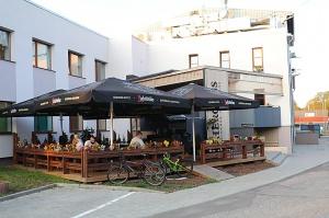 Travelnews.lv izbauda ģimenes restorāna «Hercogs Ādaži» ēdienkarti un atmosfēru 2