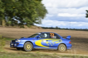 Sacensību laikā Saldū 69 ekipāžu dalībnieki veica sešus ātrumposmu 55 kilometrus garajā distancē 1
