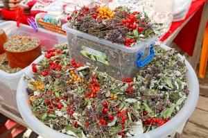 Travelnews.lv iepazīst Domabajā suvenīru tirgu tūristiem. Atbalsta: Magtur 12