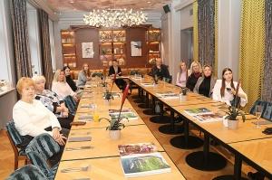Tūrisma firma «Cruiselines» pie brokastu galda restorānā «Snob» iepazīstina ar  premium klases kruīzu kompāniju «Ponant» 3