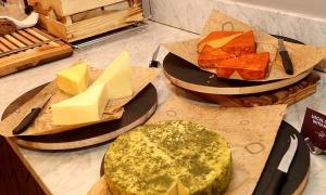 Tūrisma firma «Cruiselines» pie brokastu galda restorānā «Snob» iepazīstina ar  premium klases kruīzu kompāniju «Ponant» 38