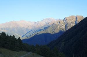 Travelnews.lv ar apvidus spēkratu «UAZ» dodas Kaukāza kalnu bezceļos. Atbalsta: Magtur 5