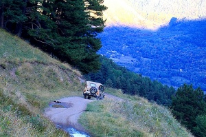 Travelnews.lv ar apvidus spēkratu «UAZ» dodas Kaukāza kalnu bezceļos. Atbalsta: Magtur 8