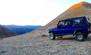 Travelnews.lv ar apvidus spēkratu «UAZ» dodas Kaukāza kalnu bezceļos. Atbalsta: Magtur 19