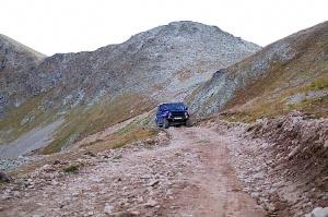 Travelnews.lv ar apvidus spēkratu «UAZ» dodas Kaukāza kalnu bezceļos. Atbalsta: Magtur 26