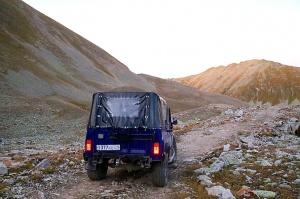 Travelnews.lv ar apvidus spēkratu «UAZ» dodas Kaukāza kalnu bezceļos. Atbalsta: Magtur 30