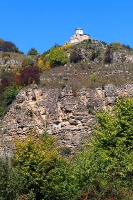Travelnews.lv apmeklē pamestu 10.gadsimta kristiešu Sentinskas dievnamu. Atbalsta: Magtur 2