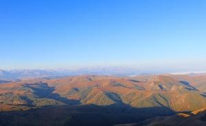 Travelnews.lv rīta agrumā apjūsmo Eiropas augstāko virsotni Elbruss. Atbalsta: Magtur 15