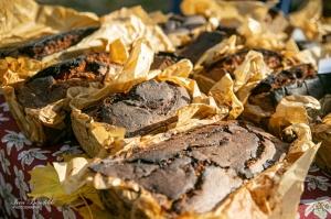 Kuldīgā ar bagātīgu tirdziņu, gardiem ēdieniem, dzērieniem un izklaidēm ikvienu apmeklētāju sagaidīja nozīmīgākais rudens pasākums – Hercoga Jēkaba ga 23