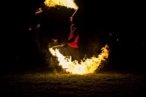 Vienkoču parkā norisinājās Uguns Nakts, kura mērķis ir vienu īso rudens dienu padarīt ilgāk gaišu, dot iespēju uzlādēt sevi ar sveču gaismu un siltumu 39