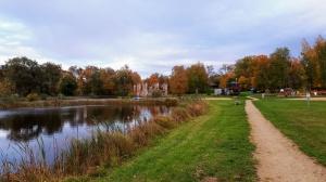 Preiļu pilsētu un parku ieskauj rudens zelts 15