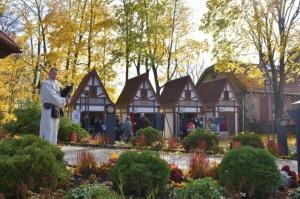 Simjūda tirgus Valmierā pulcē tirgotājus ar viduslaiku Livonijas labumiem 1
