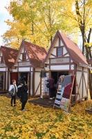 Simjūda tirgus Valmierā pulcē tirgotājus ar viduslaiku Livonijas labumiem 11