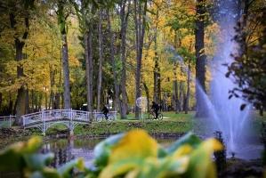 Latvijas vecākajā pilsētā Ludzā var izbaudīt krāšņu rudeni 15